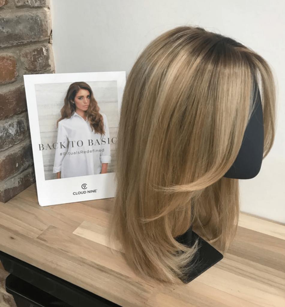 wig style ideas blonde highlight